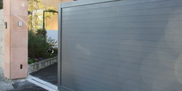 Portail et cloture concept et realisation aluminium for Entreprise cloture et portail